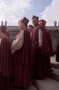 Il giovane vescovo Karol Wojtyla al Vaticano II.