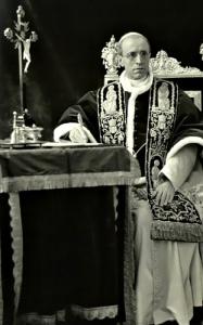 Pio XII, celeberrimi i suoi discorsi agli sposi novelli.