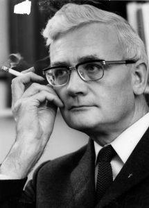 Schillebeeckx, autore delleretico catechismo olandese.