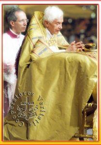 0018-bxvi-e-eucaristia-1_5745ea33af016
