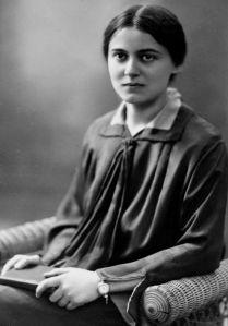 Edith Stein (in religione Teresa Benedetta della Croce; Breslavia, 12 ottobre 1891 – Auschwitz, 9 agosto 1942)