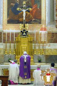 ratzingersu-liturgia-5_545e3244d5b40